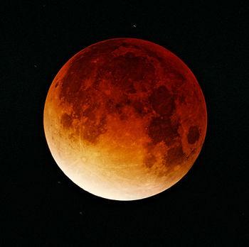 2003年 11月09日皆既月食.jpg