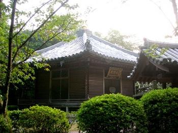 20100815長谷寺(16)六角堂.JPG