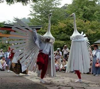 20100923(43)弥栄神社05鷺舞(津和野町観光協会HP).jpg