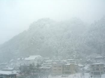 20101225(05)雪の山寺.JPG