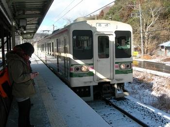 20110213小野上温泉(14)高崎行き107系.jpg
