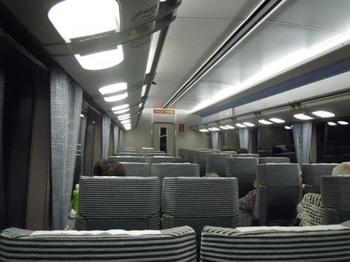 20110702(09)特急車内.JPG