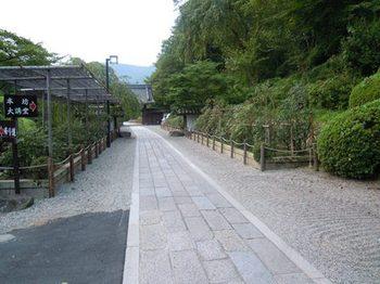20110811(15)本坊への通路.jpg