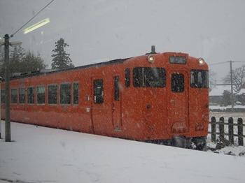 20111224(04)ディーゼルカー.jpg