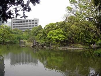 小石川後楽園大泉水(2).jpg