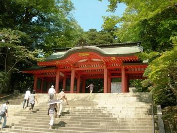 香取神宮05二の鳥居先の総門.JPG